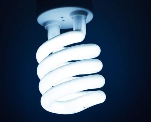 تاریخچه لامپ کم مصرف